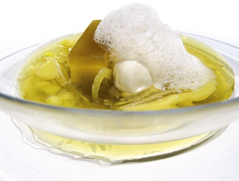 Sopa de María Luisa con manzana verde y sorbete de yogurt picante by EspaiSucre